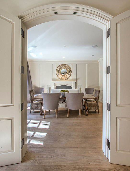 Doors to dining room.
