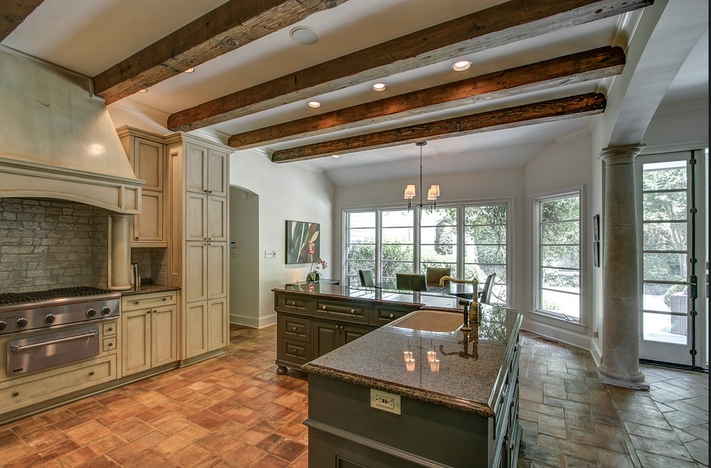 Kitchen with beams