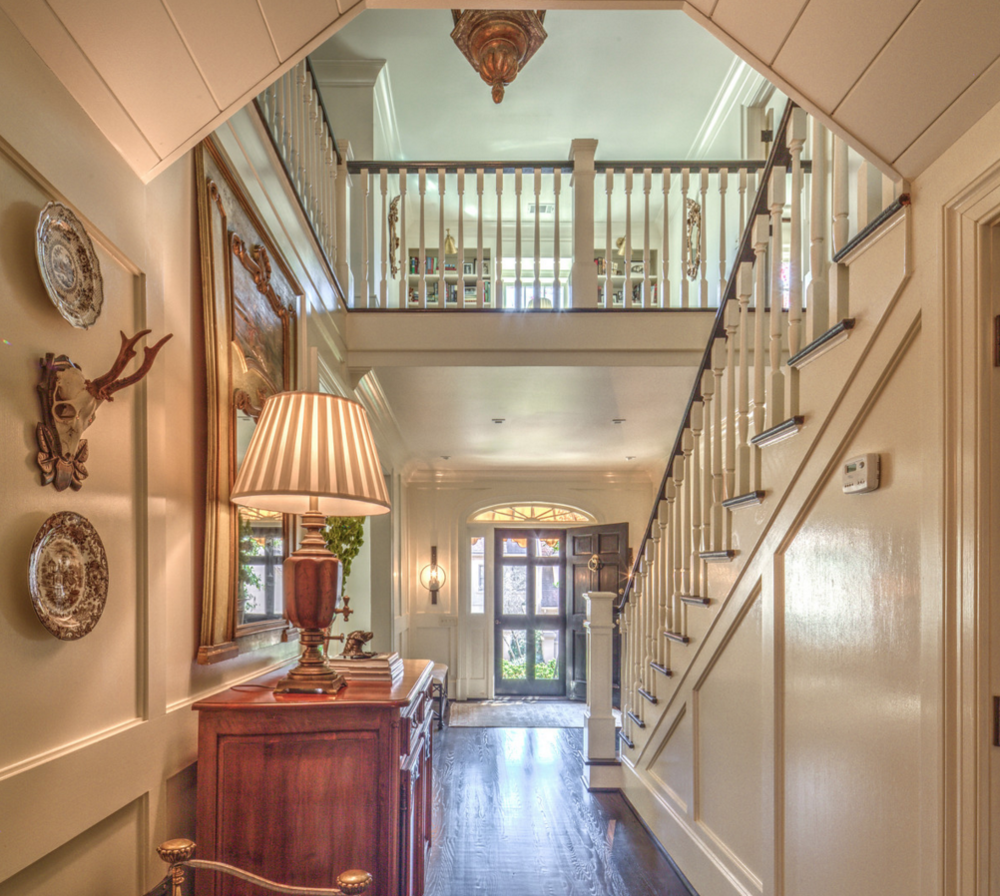 foyer and entryway