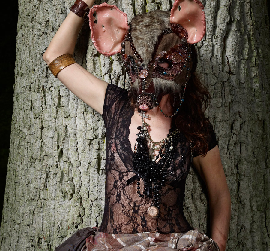 9, Silcione Sculpted Mouse Mask; Badger Badger. Ft in iD online. Photography by Dan Burn-Forti.jpg