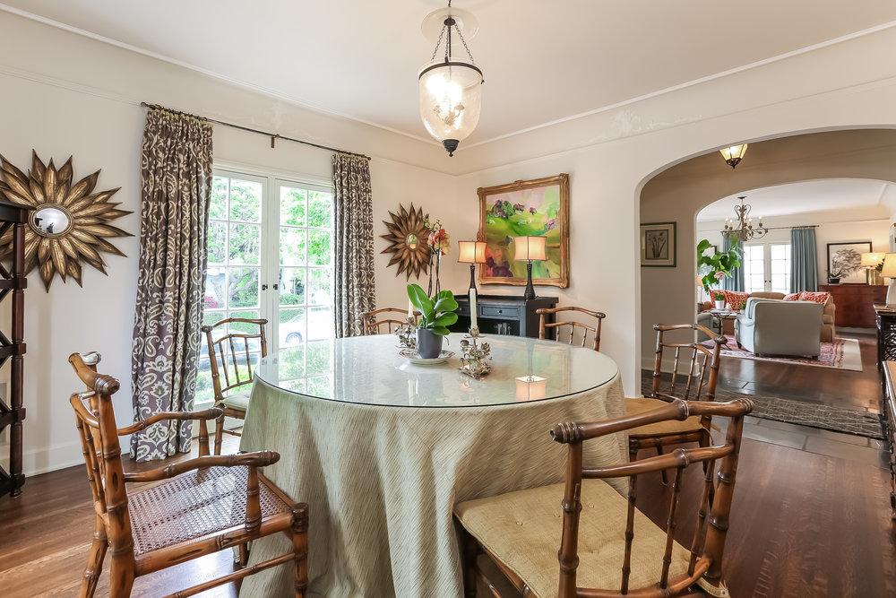 Dining Room-5846816.jpg