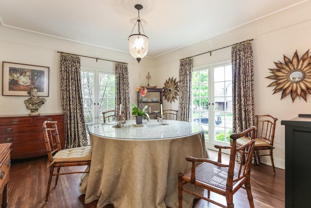 Dining Room-5846821.jpg