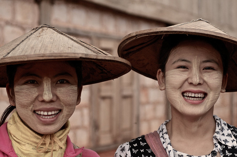 Aye Woon and Lun Meh are only the second generation in their family to use Thanaka. Their mother started using Thanaka at 11-years-old as part of the Shaman's recommendations. She later fed Thanaka liquid to Aye and Lun as babies because the Shaman said it cools down and protects their insides.