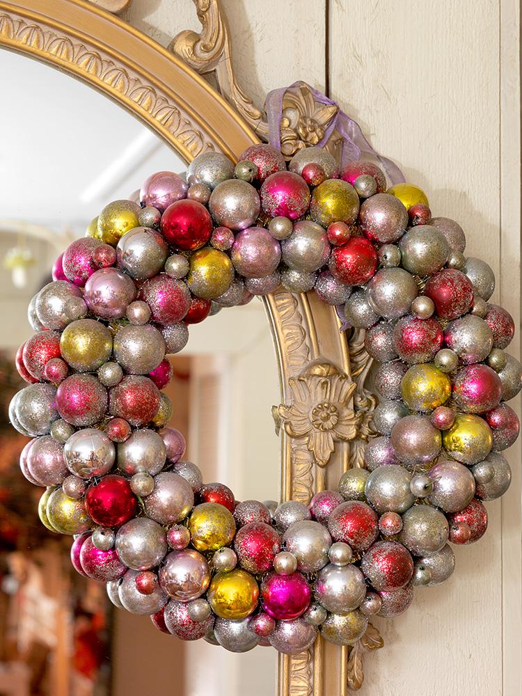 10-ornament-wreath.jpg
