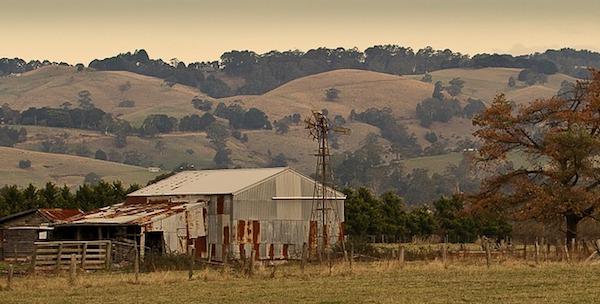 rustic-farm-918105_960_720.jpg