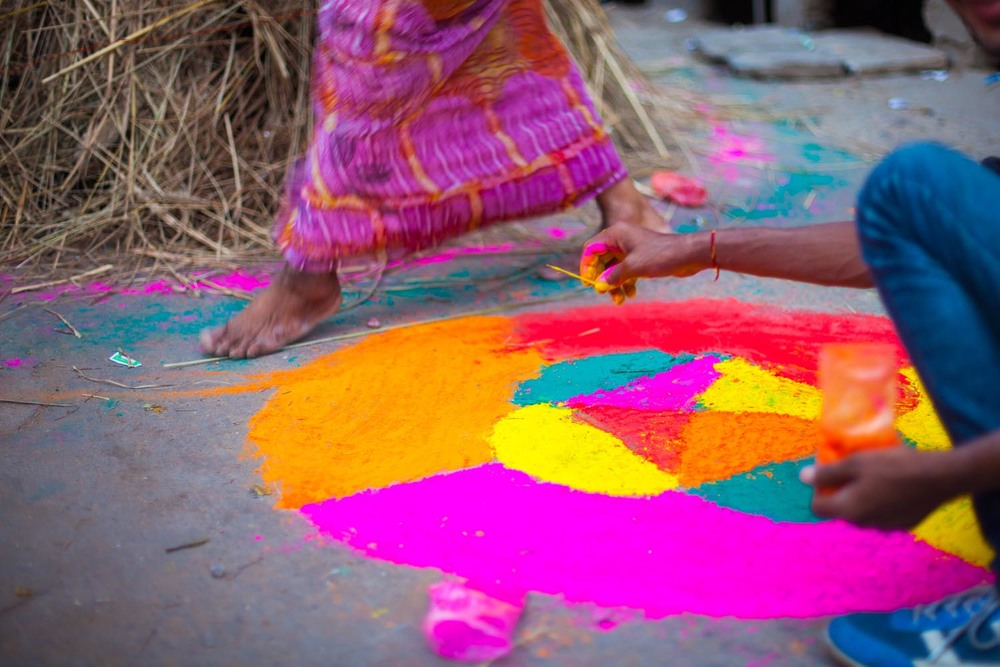 Rangoli beside the bonfire: Jaipur, Rajasthan