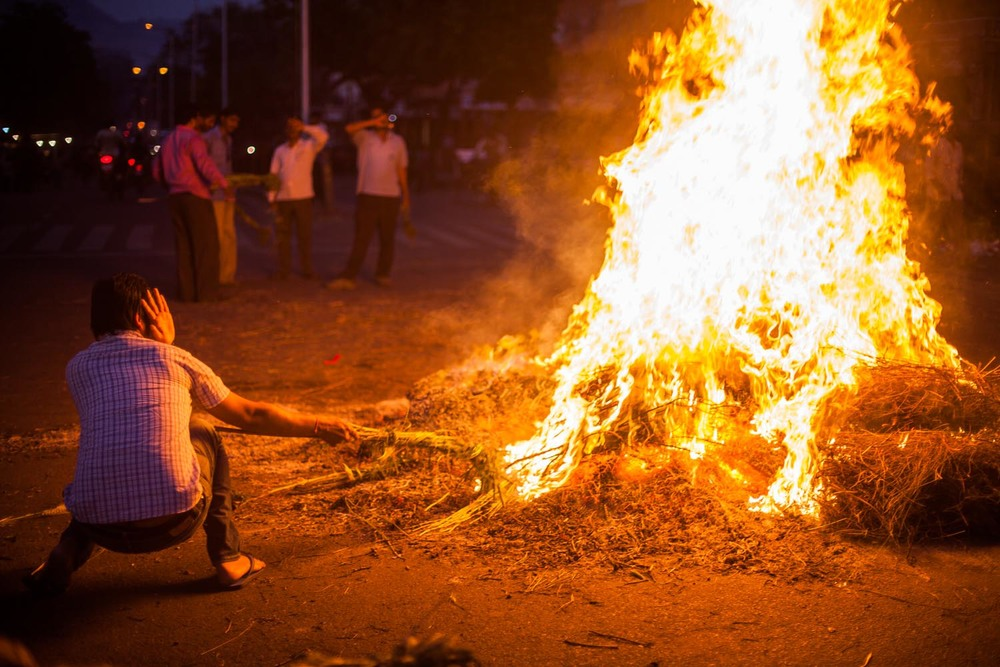 A Holika Bonfire ablaze in the city center of the Pink City: Jaipur