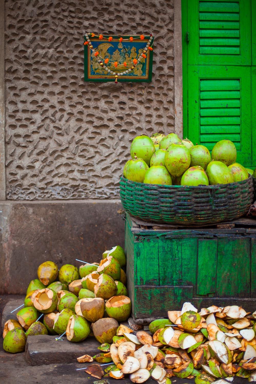 Coconuts: Kolkata, West Bengal