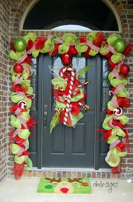 12-christmas-porch.jpg