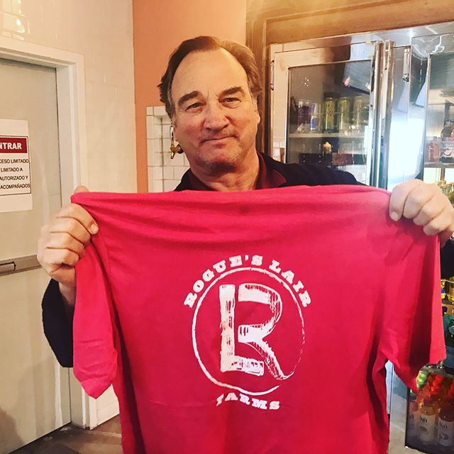@jim_belushi stopped by @jeffreysjoint yesterday with #rogueslairfarms & @pharmersmkt - looking good in the new tee, Jim!  #cannabis #jeffreysjoint