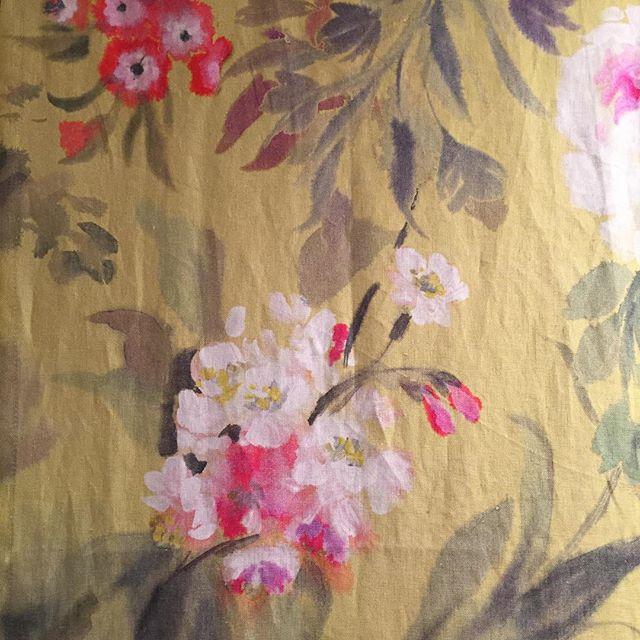 @designersguild floral fabric 💕 #floralfabric #flowers #floral #fabric #textiles #textiledesign