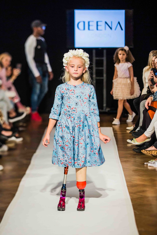 Floral fashion/Mini Mode catwalk show