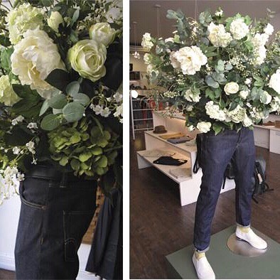 Throwback too 2017 when I helped @helloflorauk with some faux floral jeans for the window of clothing store @meetbernard ✨ #flowers #floral #florist #floristry #styling #stylist #floralstyling #floralstylist #visualmerchandising ✨