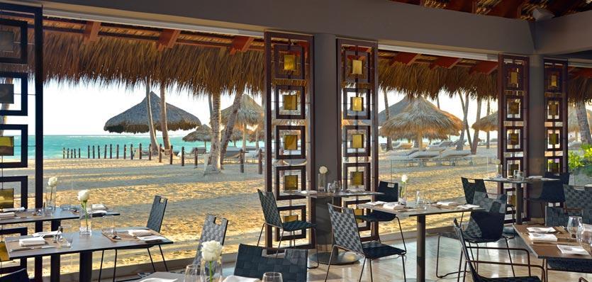30cppuntacana-royalservice-restaurantoceanlview.jpg