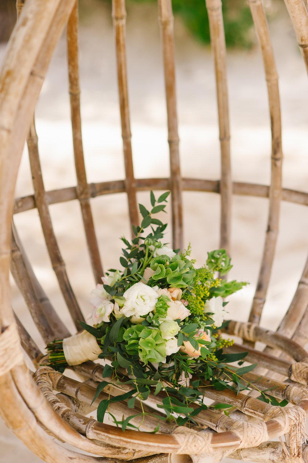 Rustic Wedding Bouquet - www.theeventeur.com/blog