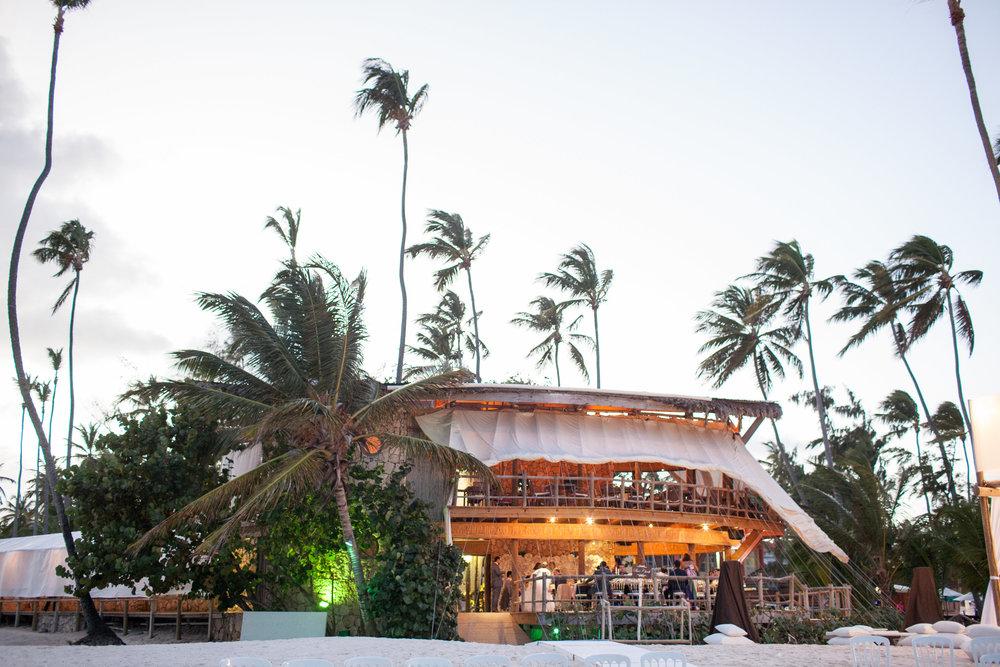 A Beach Wedding at Jellyfish