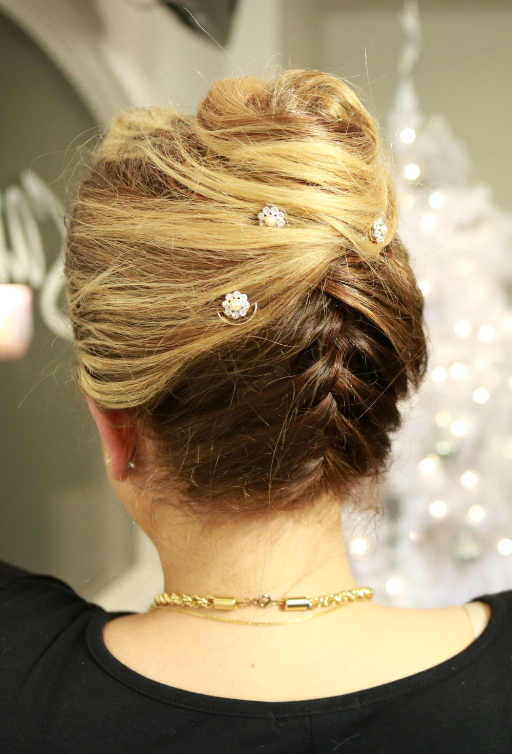 Wow! your guests with this tuxedo updo with an upside down braid | Styled by Sheri