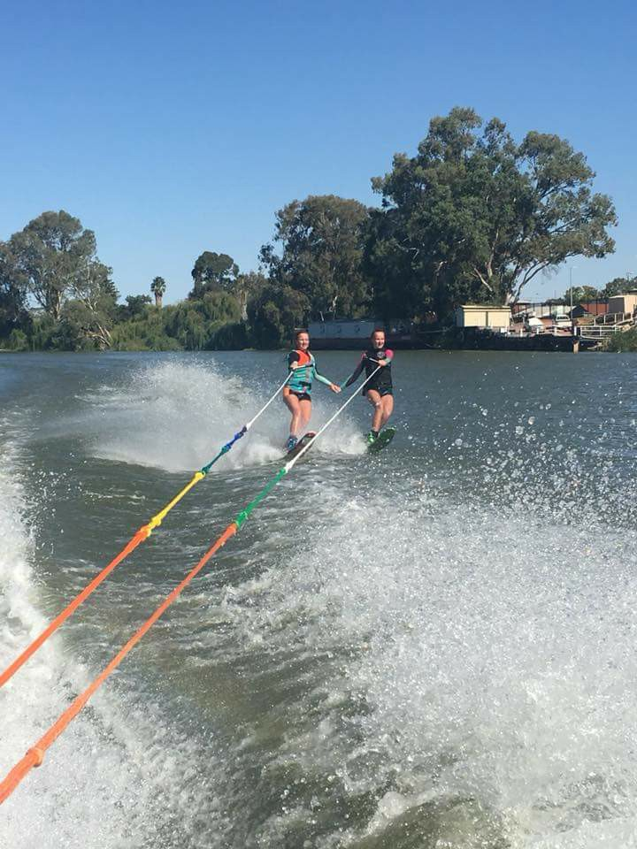 Congratulations to Sally, Rob, Sophie and Alice in their massive efforts for their 2018 Ski For Life team. Skiing 450kms from Murray Bridge to Renmark and in the name of raising awareness and promoting mental health, wellness and suicide prevention. For the first time, Sophie & Alice skied the entire distance. Amazing efforts!!  If you wish to donate to these legends please go to the link  here.