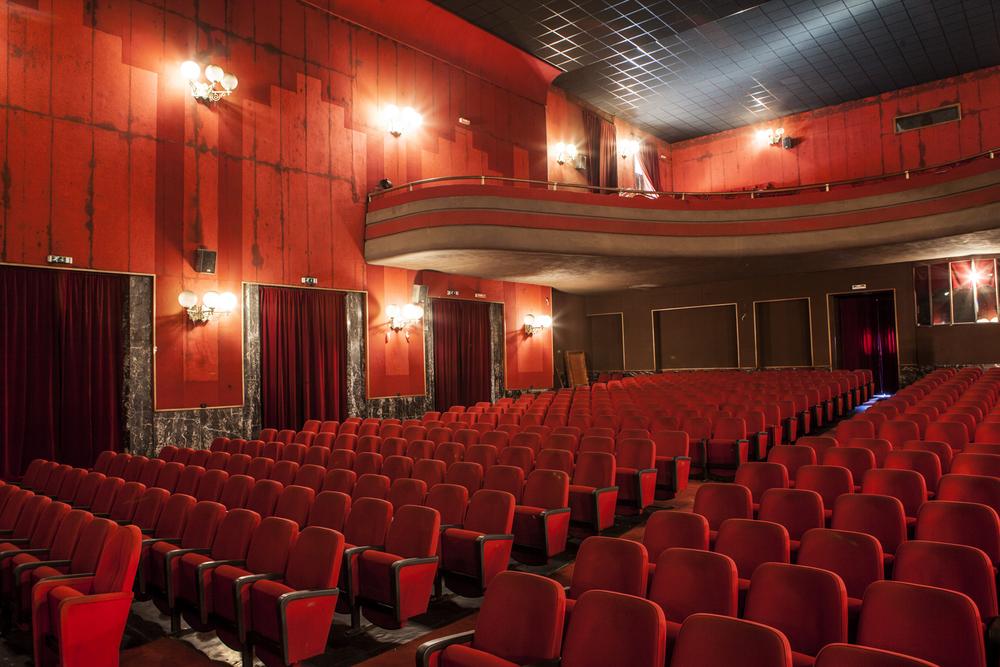 cinema rouge.jpg