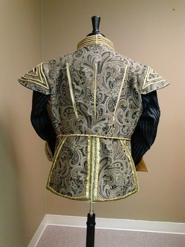 Doublet - Back View
