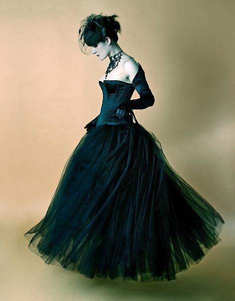 Model, hair, makeup and wardrobe styling: Kat.