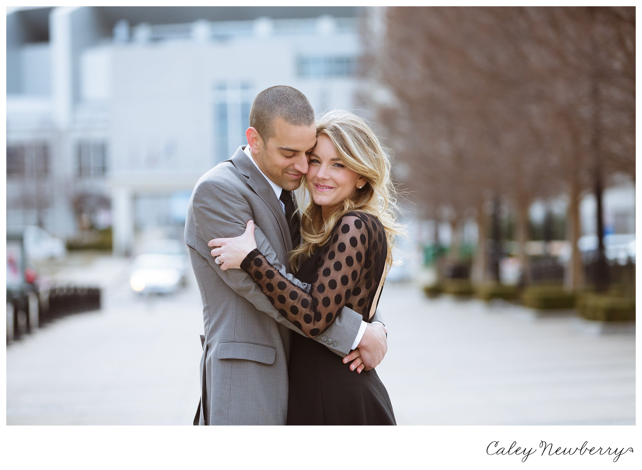 downtown-nashville-symphony-courtyard-engagement