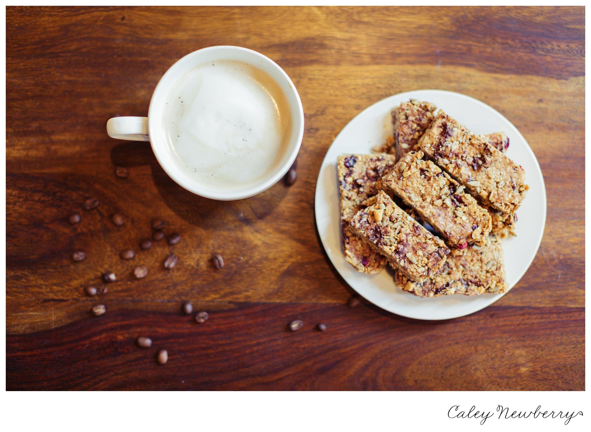 gluten free breakfast bars, protein bar recipe, peanut butter bar recipe, gluten free breakfast bar recipe, peanut butter breakfast bar, diy breakfast bars, make breakfast bars at home