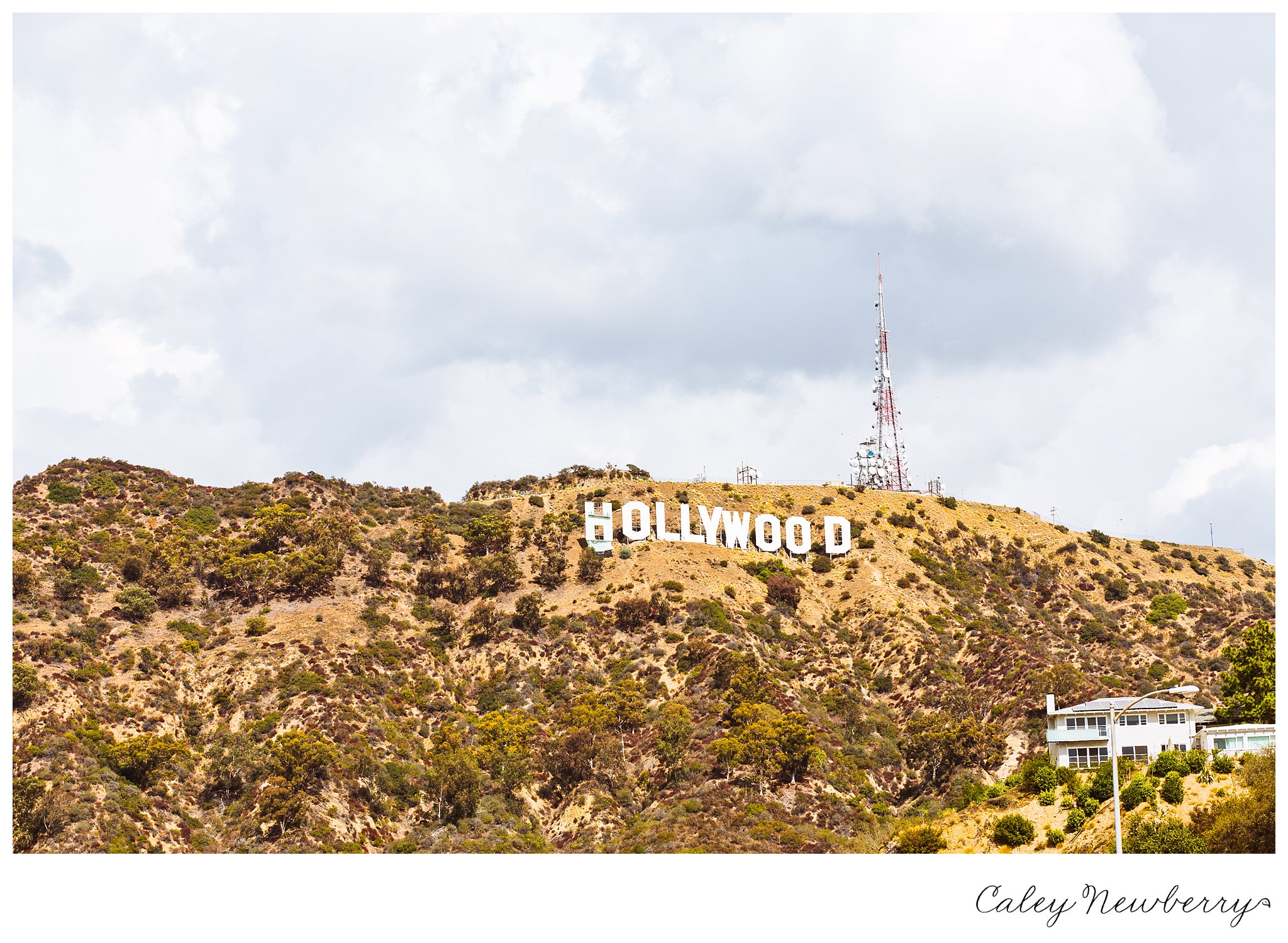hollywood-sign-la-overcast.jpg