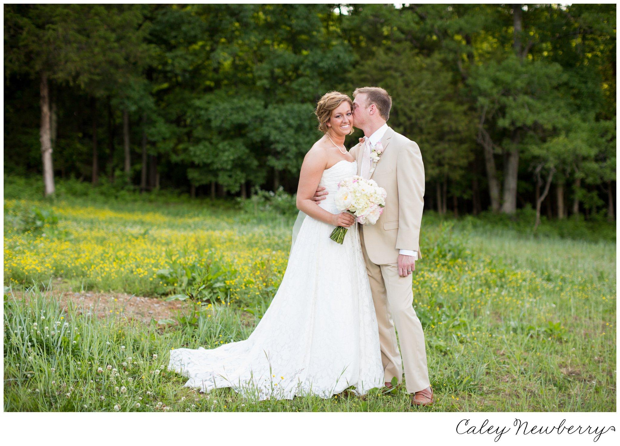 bride-groom-terian-farms-nashville.jpg