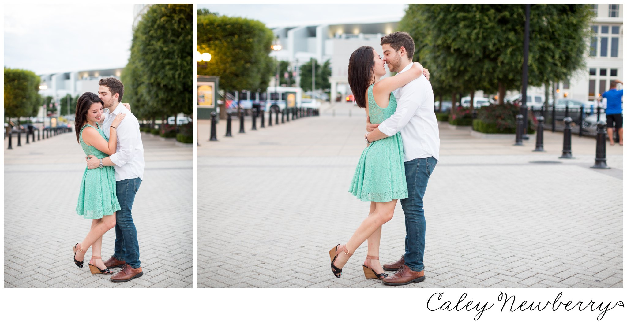 downtown-nashville-engagement-photos.jpg