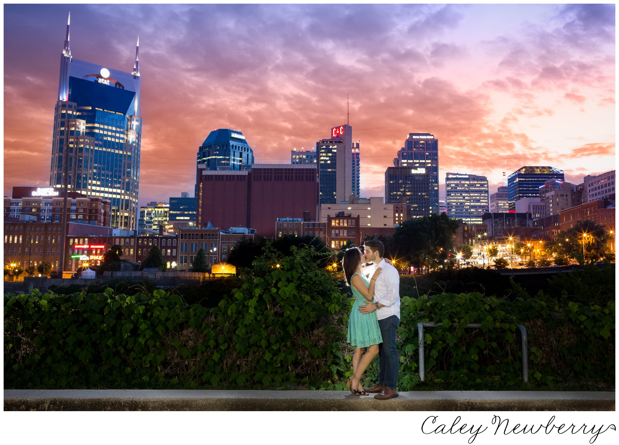 downtown-nashville-wedding-photographer.jpg