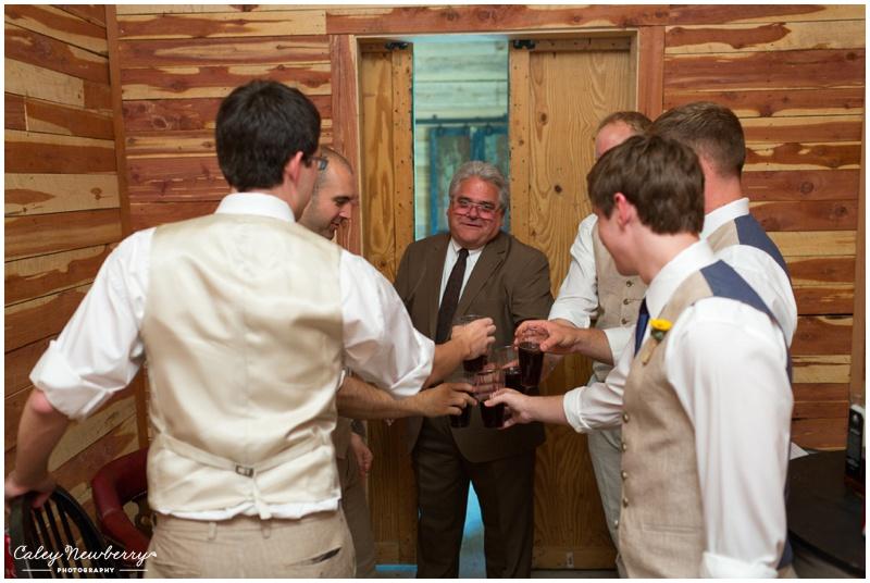 groomsman-toast-photos.jpg