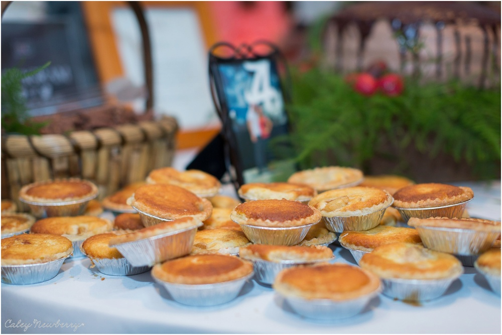 individual-pies-wedding-reception.jpg