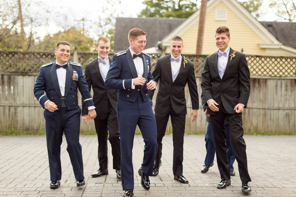 groomsmen-in-wedding-party