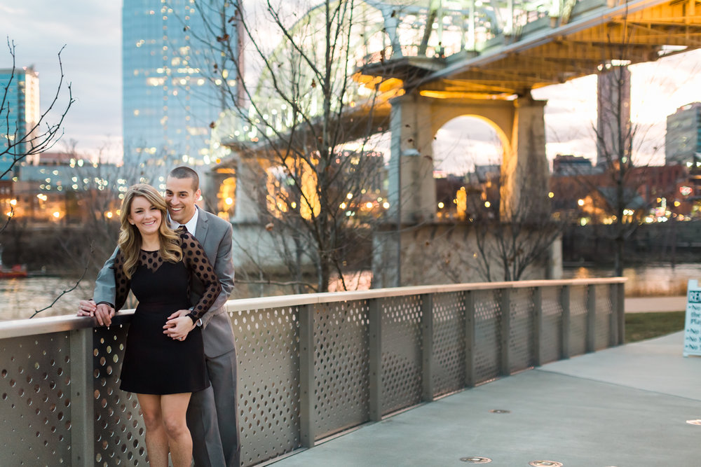 downtown-nashville-engagement-session.jpg