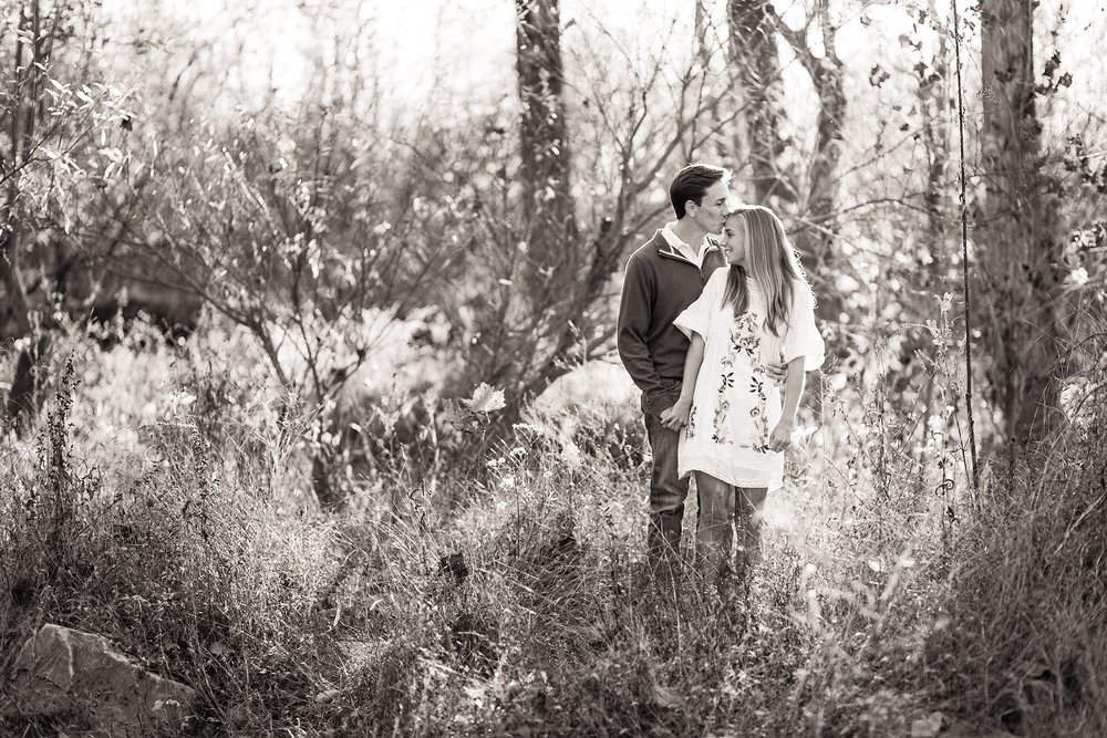 outdoor-nashville-engagement-session.jpg