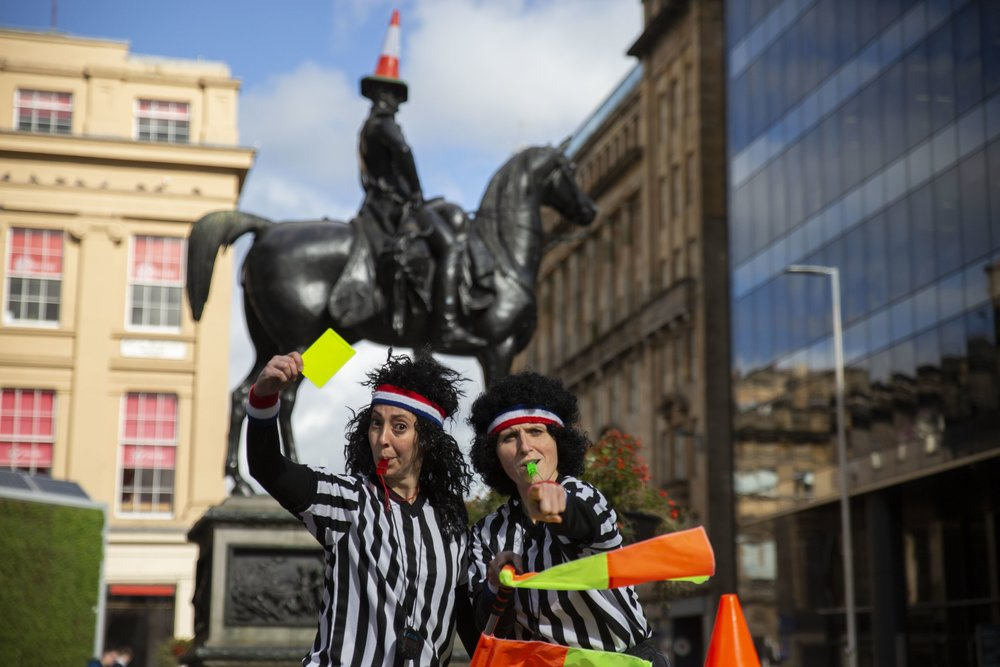 The Refs in Glasgow, Photo by Ruaridh Cameron of City Sightseeing Glasgow