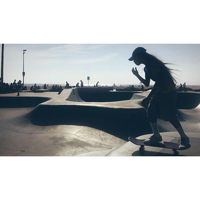 #venicebeach #skatepool #lastories #californiasun #cali #roadtrip #preburn