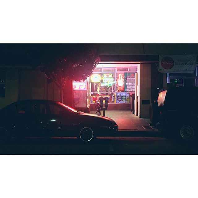 #nightdrive #drive #nighttimevultures #santacruz #santacruznights #neon #kitt #knightrider #boardwalkstyle #heatingup #burningman2018 #takeawalkatnight  #roadtrip #streetstories #travelgram #instatravel #instanights #instamood #travelusa #neonnights