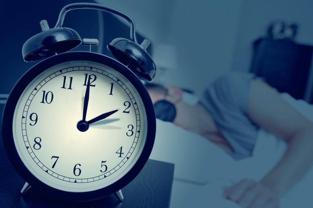 Sleep alarm clock shutterstock_329860034.jpg