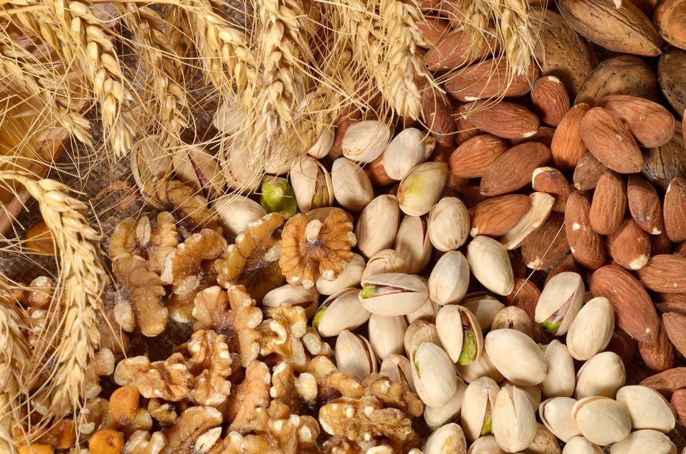 Nuts shutterstock_72899227.jpg
