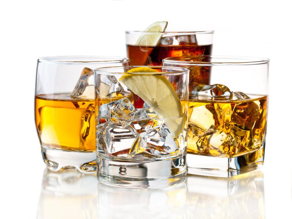 Alcoholic drinks shutterstock_81949795.jpg