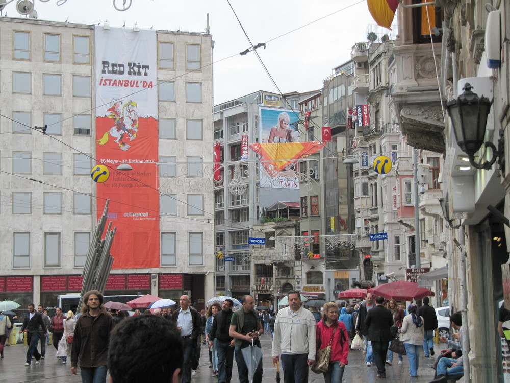 "The exhibition ""Lucky Luke in Istanbul"" during the Istanbulles Comics Festival in 2012."