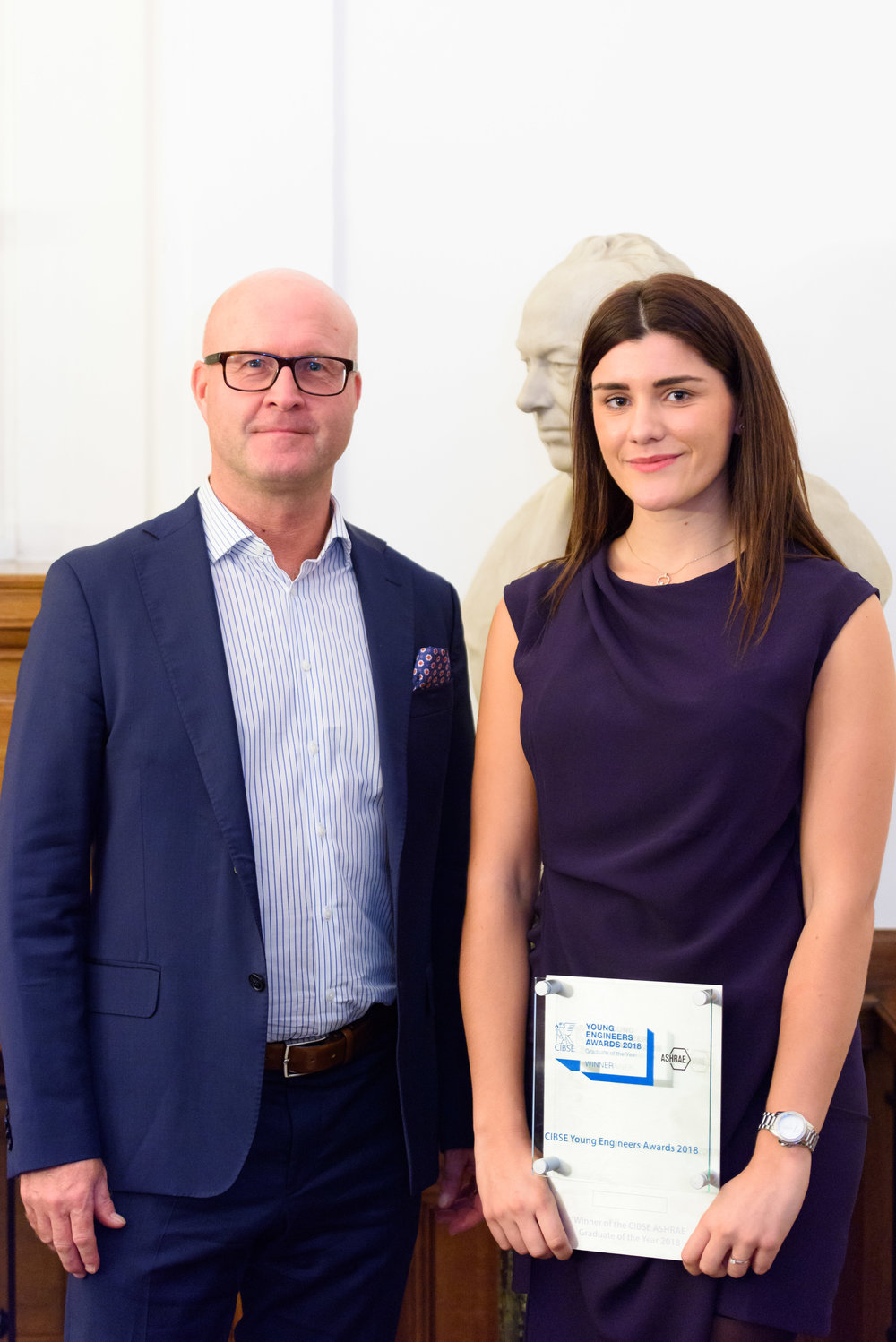 Swegon UK&I Managing Director,, Robin Vollert, with 2018 Graduate of the Year, Reanna Evans, at the Institution of Mechanical Engineers.