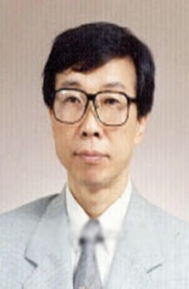 홍익대 명예교수  Professor Emeritus at Hong Ik university