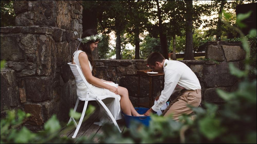 Fayetteville-Arkansas-Mount-Sequoyah-Summer-Wedding_0329.jpg
