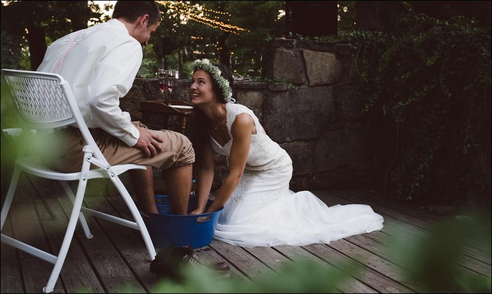 Fayetteville-Arkansas-Mount-Sequoyah-Summer-Wedding_0330.jpg