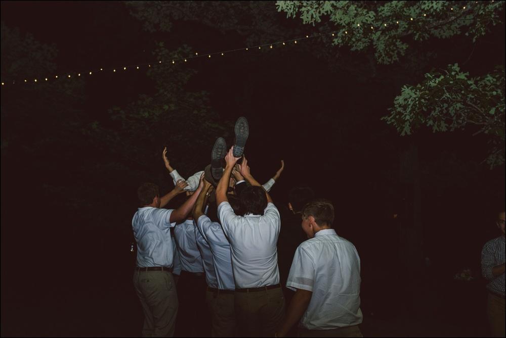 Fayetteville-Arkansas-Mount-Sequoyah-Summer-Wedding_0346.jpg
