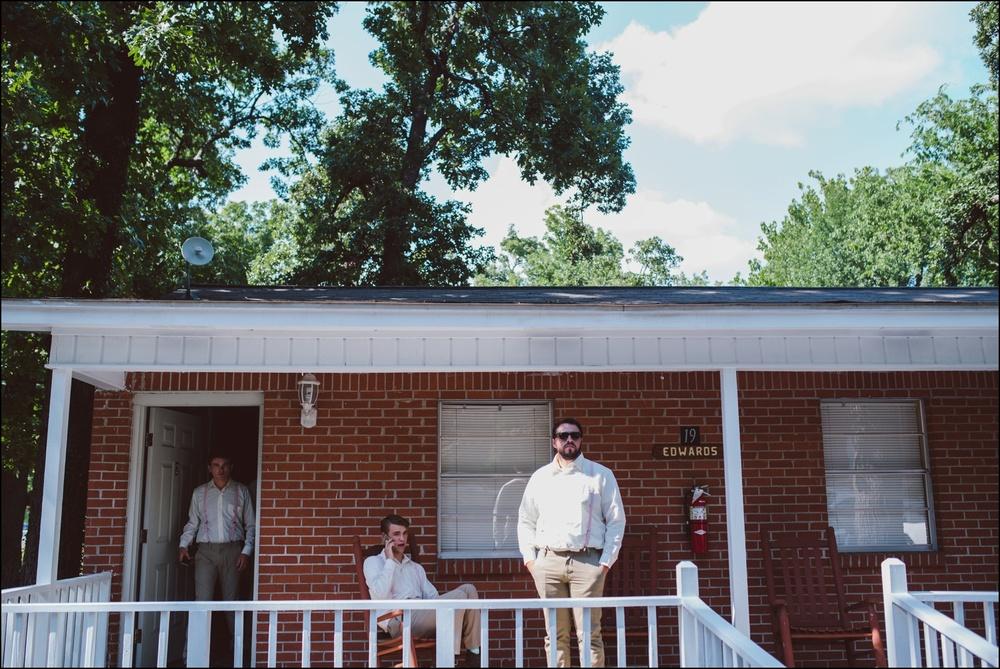 Fayetteville-Arkansas-Mount-Sequoyah-Summer-Wedding_0235.jpg