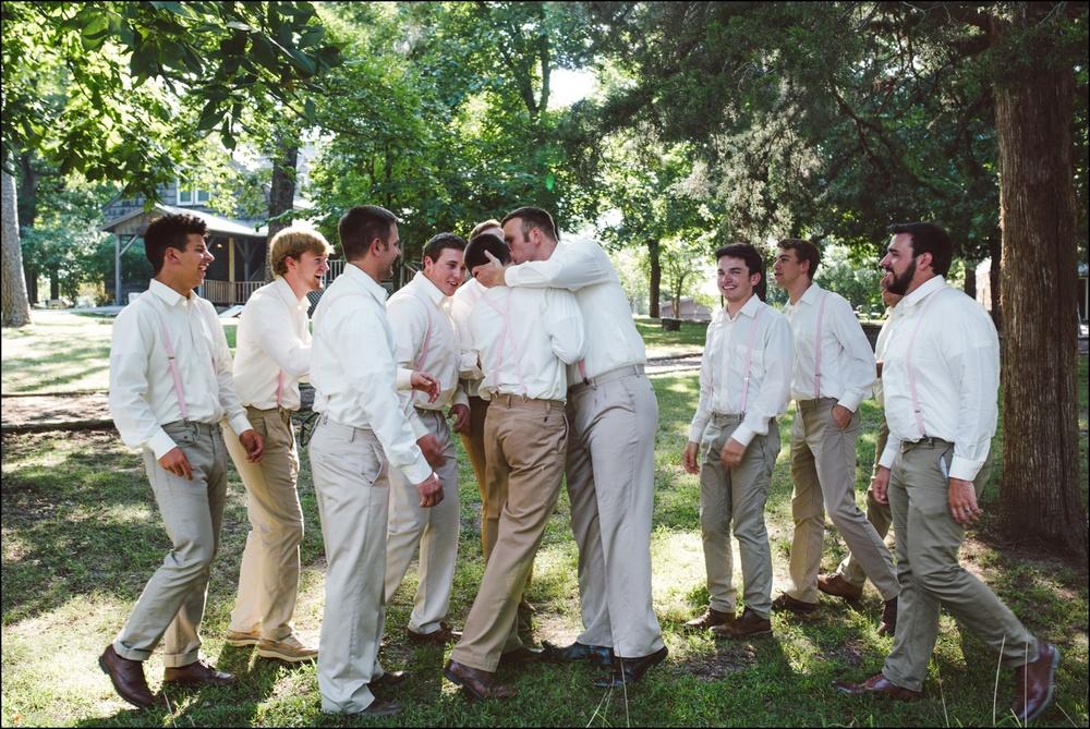 Fayetteville-Arkansas-Mount-Sequoyah-Summer-Wedding_0244.jpg